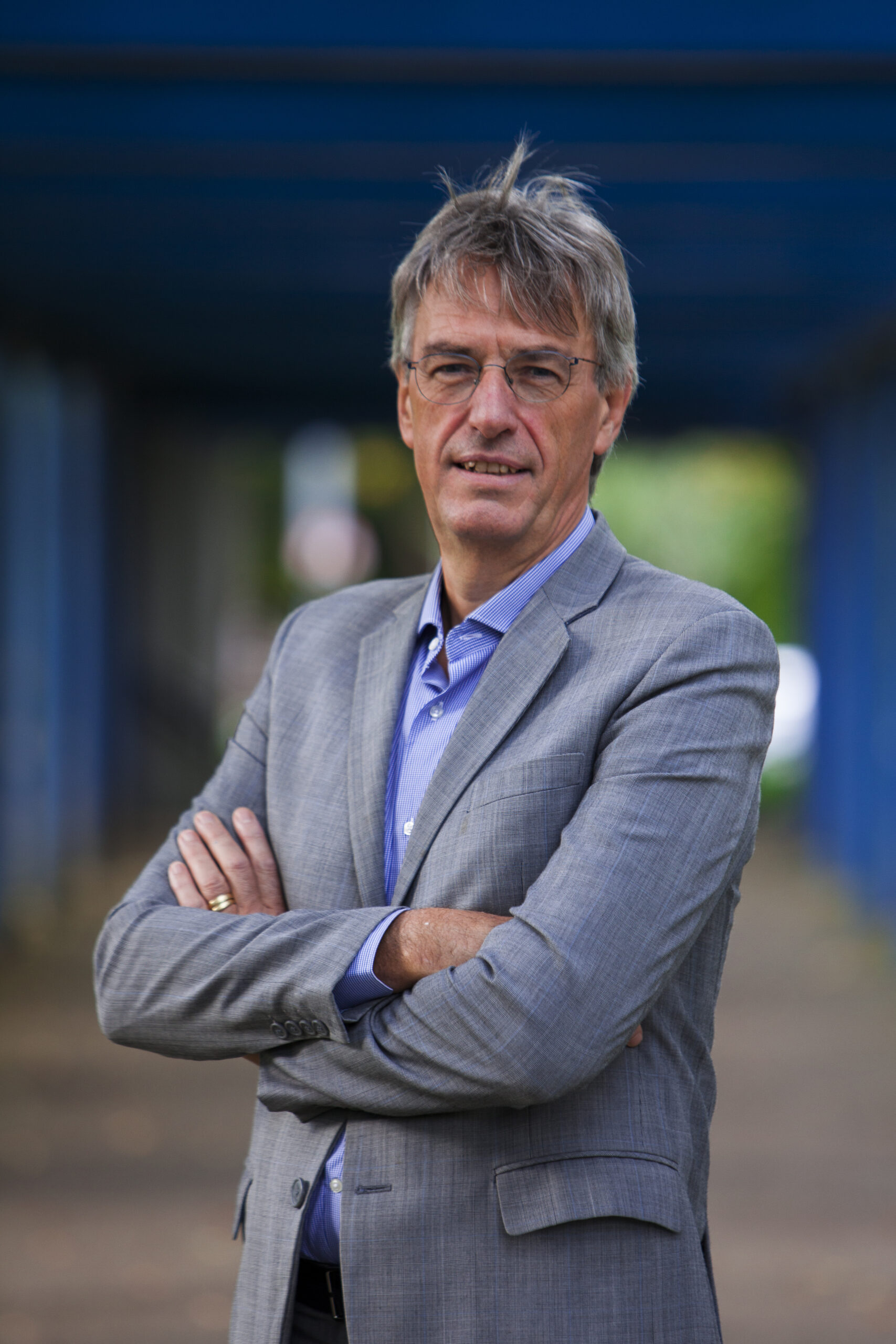 Read more about the article PROF. HERMAN GOOSSENS RECEIVES ESCMID EXCELLENCE AWARD 2020